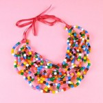 2. Collier