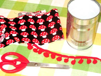 diy pot crayons r cup 39 en tissu. Black Bedroom Furniture Sets. Home Design Ideas