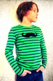 diy-tee-shirt-moustache-Creamalice