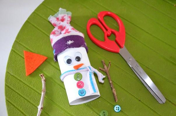 Favorit DiY} Bonhomme de neige Récup en rouleau de carton et vieille  UO07