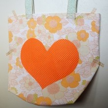 diy-couture-tote-bag-coeur