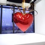 Coeur suspendu Jeff Koons