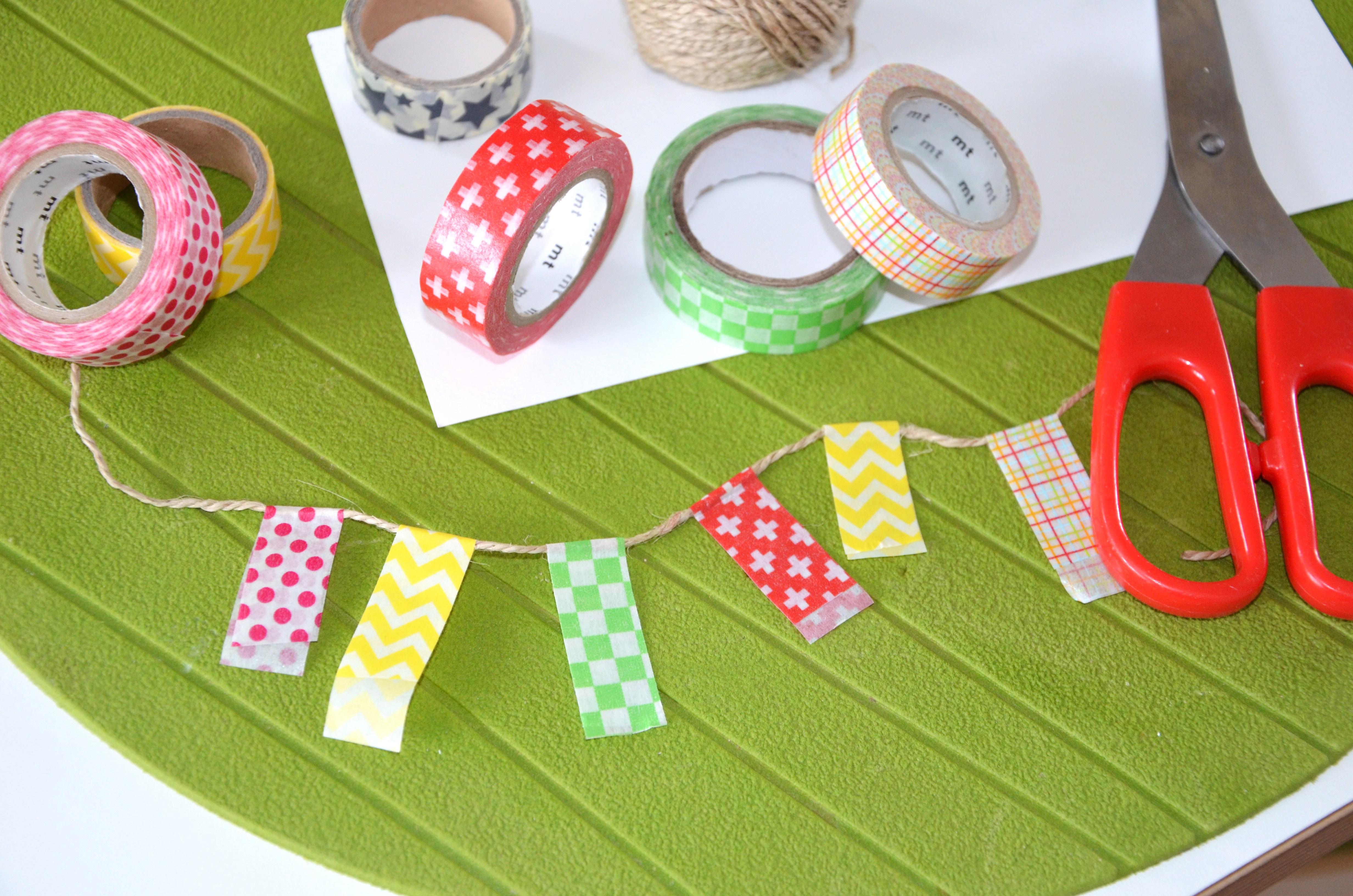 diy carte anniversaire guirlande fanions masking tape. Black Bedroom Furniture Sets. Home Design Ideas
