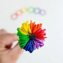 diy-deco-cayon-pompon-rainbow-loom
